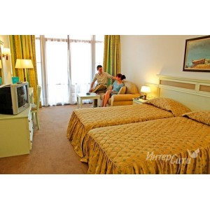 Royal Palace Helena Park 5*